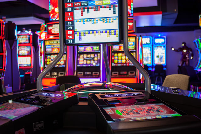 Fusion™ Auto-roulette automatically deals roulette games for up-to six players.