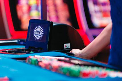 i-DEAL™ PLUS | Шафл Машина для казино покера